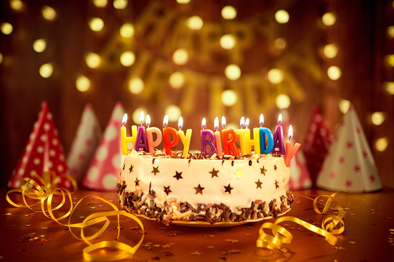 Holidays_Cakes_Candles_Birthday_English_527924_1280x853-min
